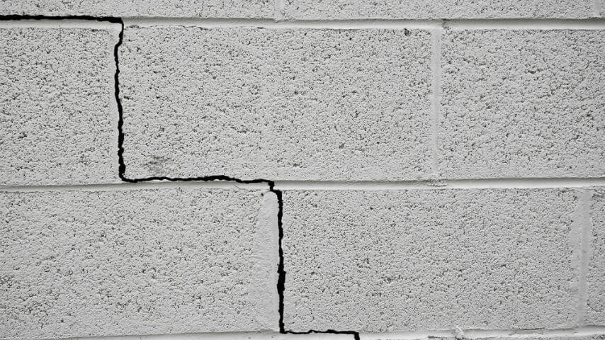 cracks in wall - foundation problems