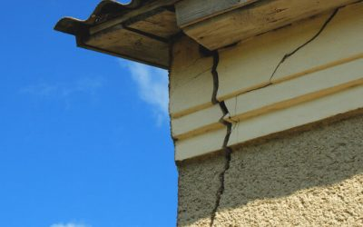 Cracks in Walls and Ceilings – When to Worry