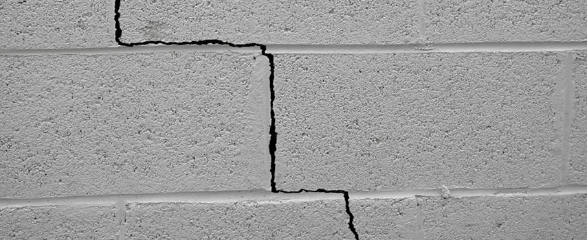 foundation cracks pictures