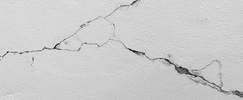 crack in building wall